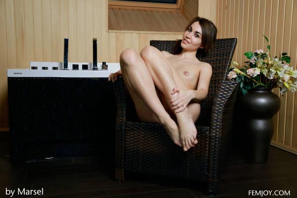 http://sg.uploads.ru/t/IM4Ho.jpg