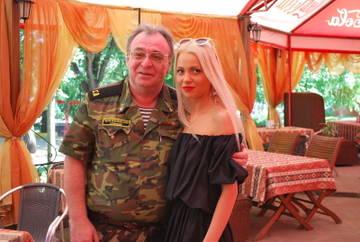 http://sg.uploads.ru/t/LwUzu.jpg