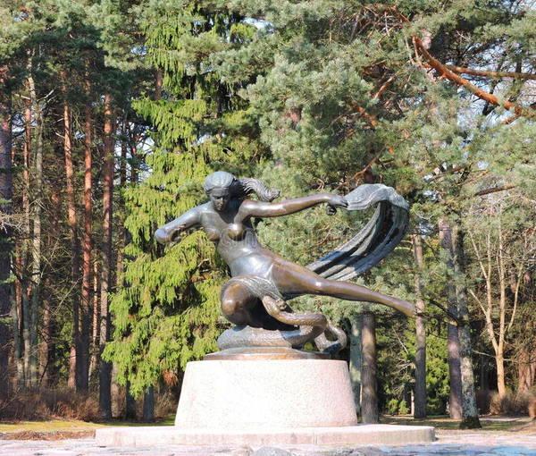 http://sg.uploads.ru/t/Mba1K.jpg