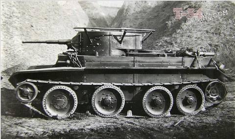 БТ-7 - лёгкий колесно-гусеничный танк NDvy2