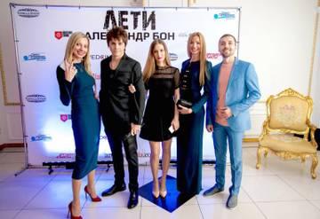 http://sg.uploads.ru/t/XSYZU.jpg